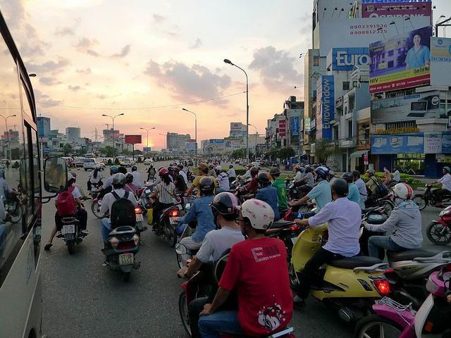 越南胡志明西贡旅游自由行红灯区暗黑胡志明KTV,lydny.net